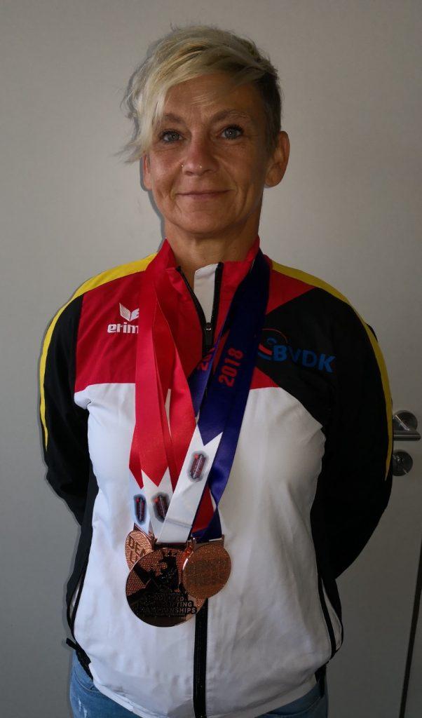 Petra Tschirsky mit Silbermedaille